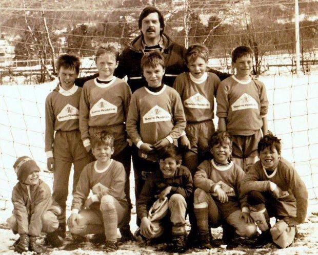 Rune det året fotballen måtte gi tapt for The Beatles. Stående nr. to fra høyre. Foto Kjell-Arne Larsen